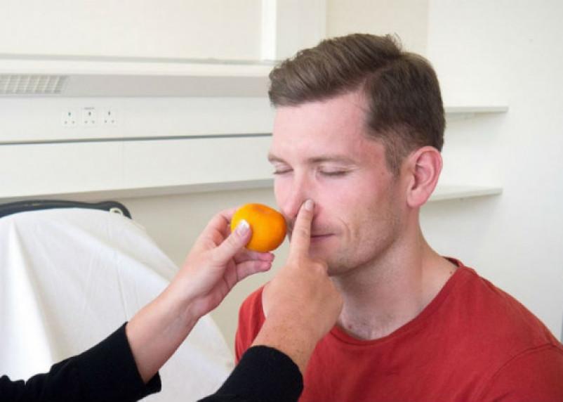 На сколько дней пропадает обоняние при коронавирусе