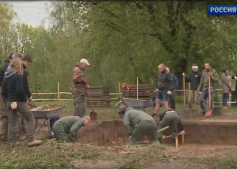 Федеральный телеканал рассказал о российско-французских археологических раскопках в Смоленске
