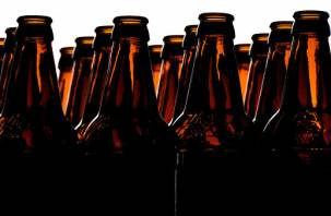 Минпромторг планирует запретить в магазинах пластиковую упаковку и вернуть прием пустых бутылок