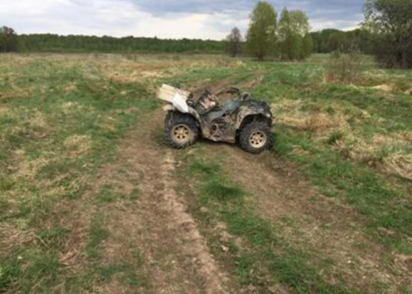 Водитель квадроцикла погиб в поле в Темкинском районе