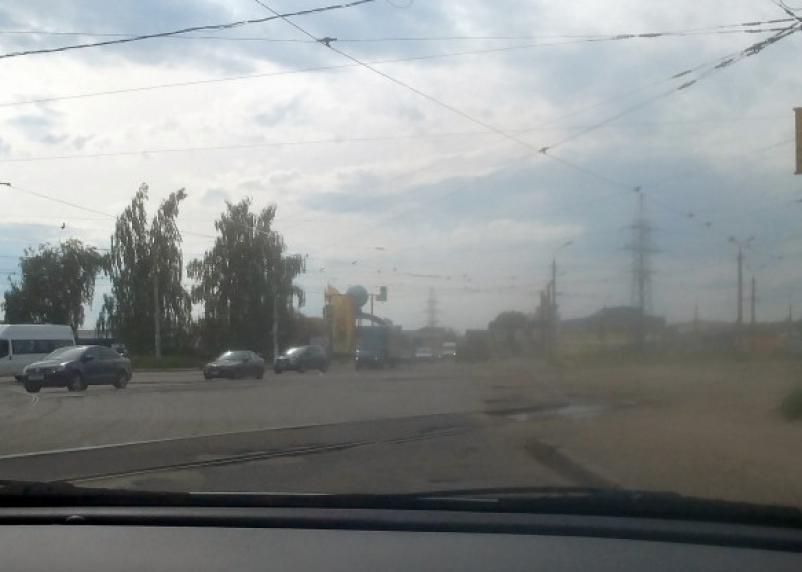 В городе живём, а не в деревне? В Смоленске продолжаются пылевые бури
