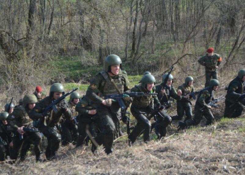 Под Смоленском сразятся силовики за право ношения Крапового берета