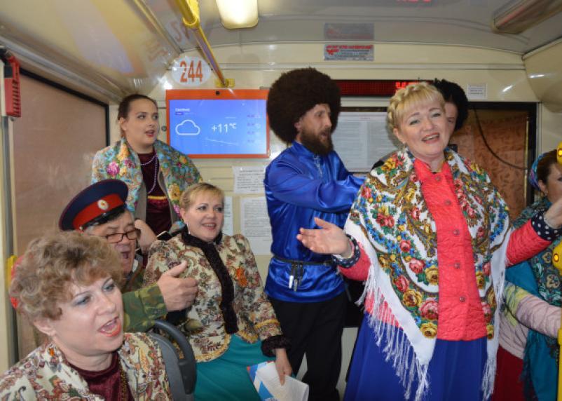 Что такое «Трамвай Победы». Репортаж с колёс общественного транспорта