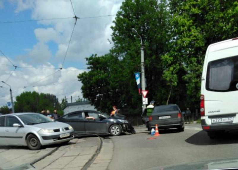 Из-за аварии на «Спартаке» стали трамваи