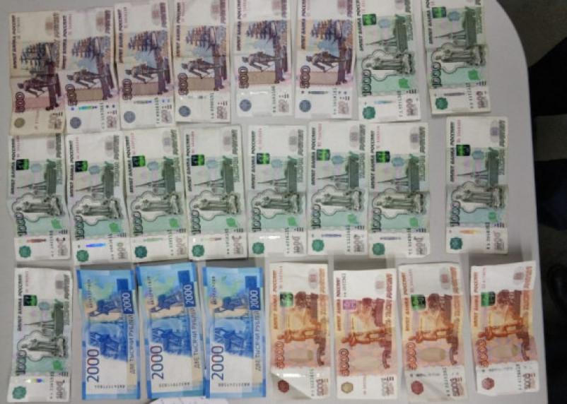 Руководитель сафоновского ОАО задолжал налоговой 5,5 млн рублей. С работников он налоги удерживал