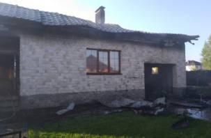В Боровой сгорел дом и гараж