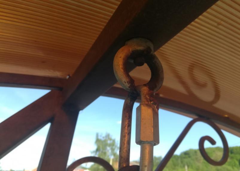 «Опасно для жизни!». На набережной качели угрожают жизни смолян