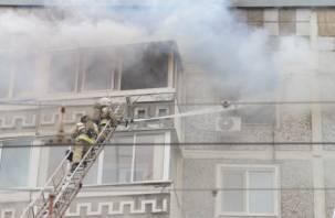 В Сети появилось видео пожара на улице Попова в Смоленске