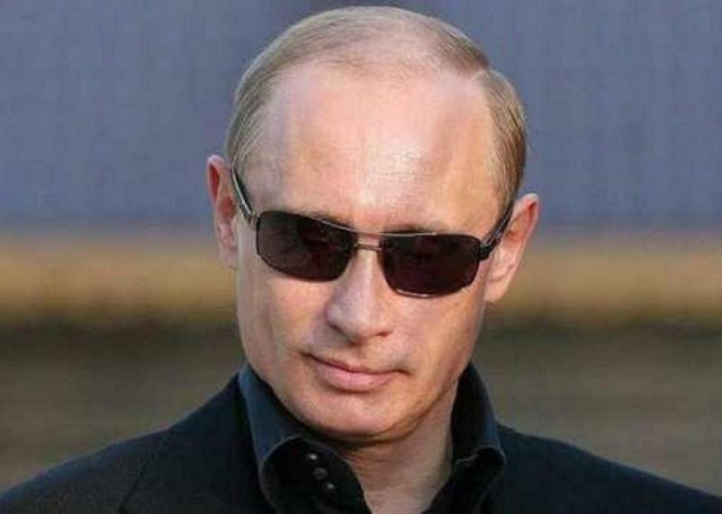 «Эффект черных очков»: руководитель ВЦИОМа прокомментировал падение рейтинга Путина