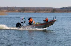 Спасатели вышли в рейды по смоленских озёрам