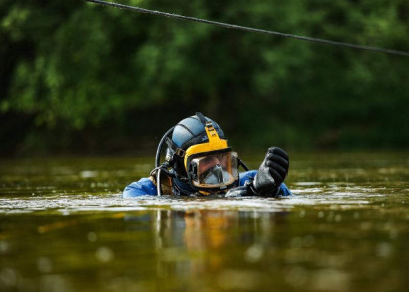 В Смоленске водолазы начали проверять газопровод на дне Днепра