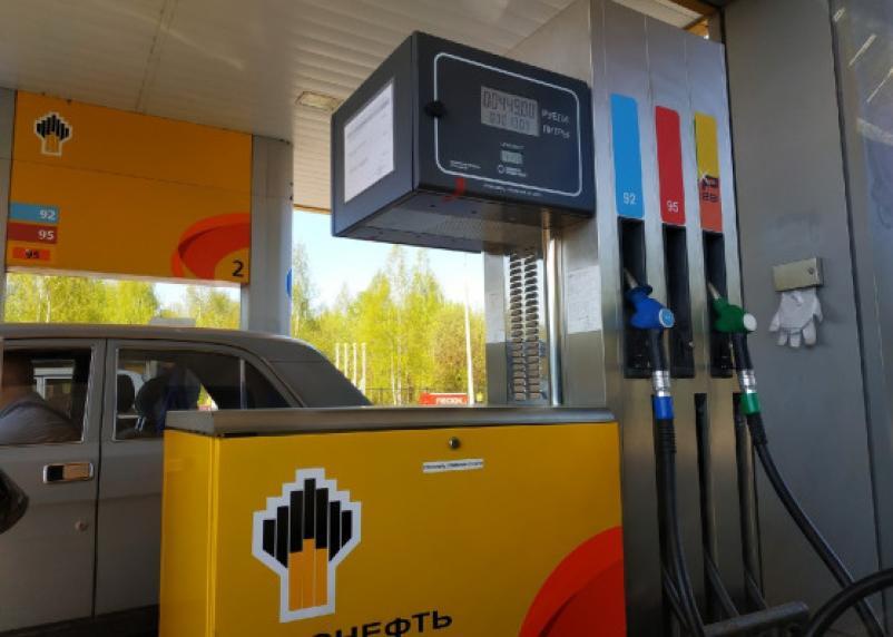 На заправках в Смоленске подорожало дизельное топливо