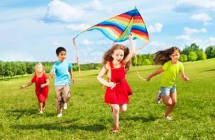 Где мой ребёнок? Как контролировать местонахождение детей и обезопасить их на каникулах