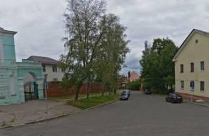 Большой скандал на маленькой улице в Смоленске, или Очень странная гостиница