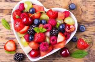 Названы фрукты и ягоды, позволяющие замедлить старение