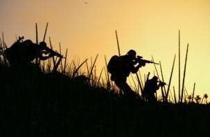 Стреляют ночью. На Смоленщине собрались снайперы и гранатомётчики