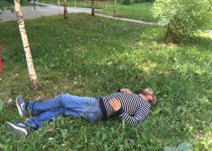 Не пить, не курить. Российских работников предложено тестировать и штрафовать