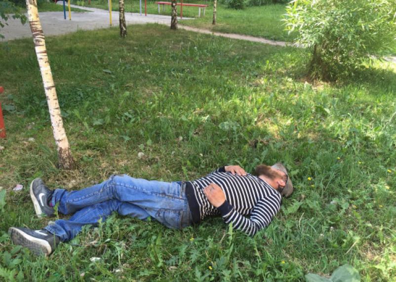 Нарколог назвал средний возраст россиян с алкоголизмом