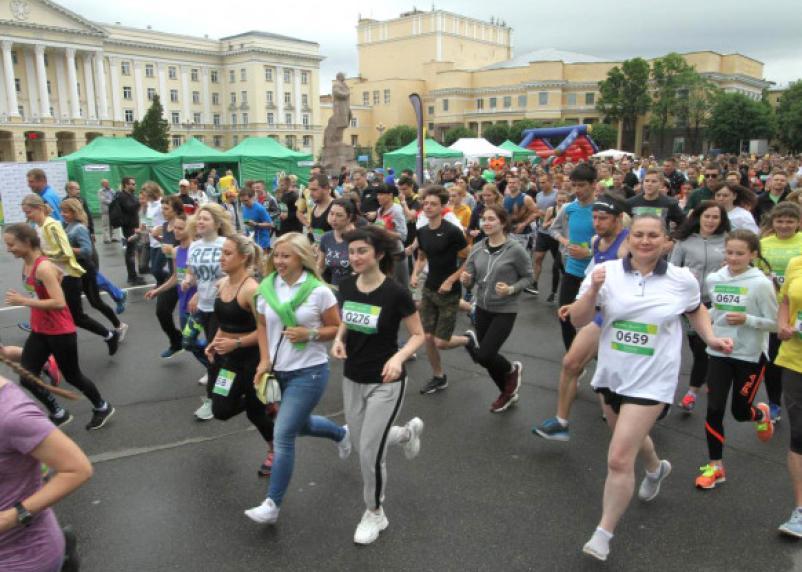 «Зелёный Марафон»: тысячи смолян приняли участие в главном спортивном мероприятии начала лета