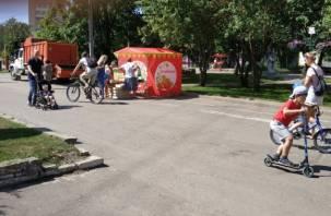 Снова они. Торговая палатка на велодорожке возмутила смолян