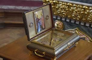 Смоляне смогут впервые поклониться ковчегу с частью пояса Пресвятой Богородицы