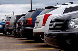 Первые 10 минут на парковке могут сделать бесплатными — на «подумать»