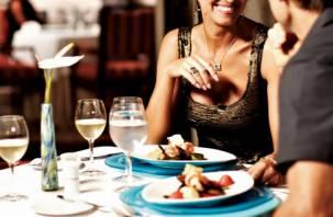 Ученые подтвердили: женщины коварно ходят на свидания, чтобы поесть