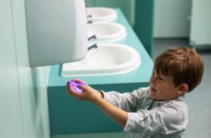 Как сушилки для рук влияют на здоровье детей
