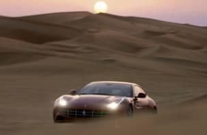 Охотники за брошенными суперкарами: в Арабских Эмиратах появилась работа мечты
