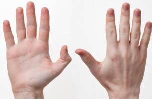 Медики рассказали, как распознать болезни по цвету ногтей