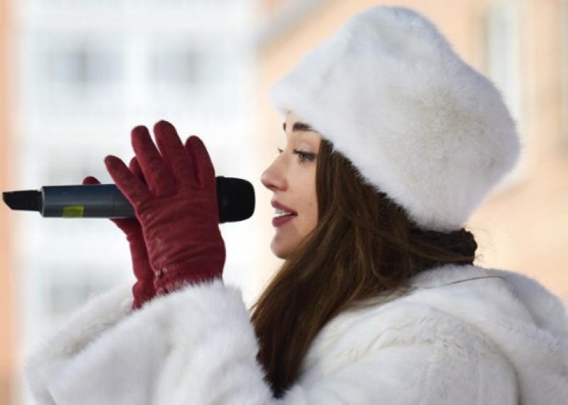 Внучка замглавы Смоленска хочет петь в «Фабрике»
