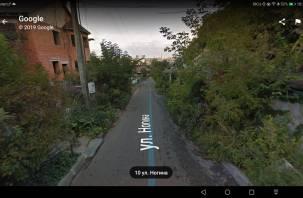 В центре Смоленска пешеходы остались без тротуаров