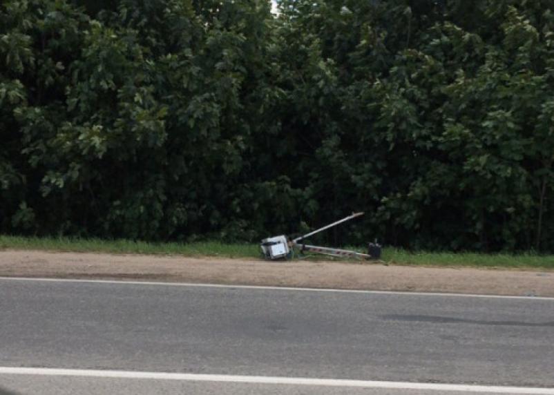 Сбитые треноги: почему частные камеры не дают покоя водителям и причем здесь «Смоленскавтодор»