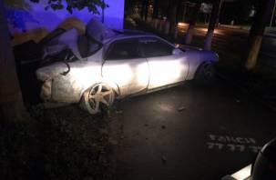Водитель, пассажир и пешеход ранены. Подробности аварии в центре Смоленска