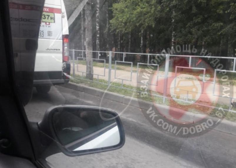 «Пока гром не грянет». Ограждение появилось на месте трагической гибели 5-летней девочки в Смоленске