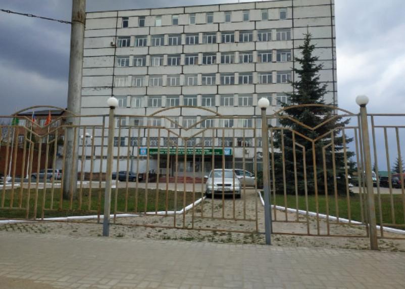 В Смоленске пристав создавала видимость своей работы: ставила подписи за должников и понятых во время якобы арестов имущества