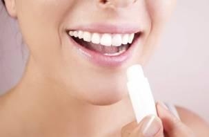 Припухлость и сухость. На какие болезни может указывать состояние губ