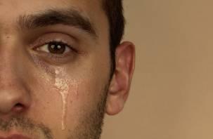 Отсутствие слёз укорачивает людям жизнь. Врачи рассказали о пользе слёз