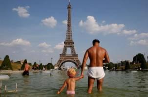 Ученые: Европу накрывает жара из Африки, Россию морозит Северный полюс. Грядет смена климатических эпох