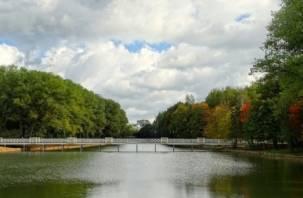 Вода не прошла проверку. В озерах в парках Соловьиная роща и Реадовка купаться опасно