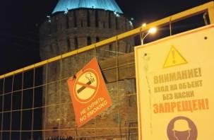 Начало реставрации или фальстарт? Что происходит в Смоленске на башне Громовой