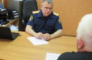 Жители Рославля пожаловались следователям на ветхое жилье и плохую медицину