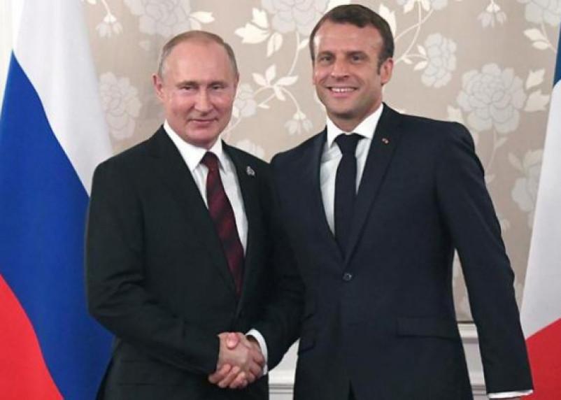 Путин и Макрон, возможно, обсудят судьбу останков генерала Гюдена, которые были найдены в Смоленске