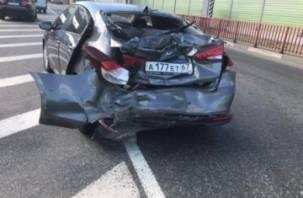 В Смоленской области в ДТП с фурой пострадал ребёнок из легковушки