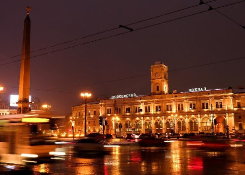 Туристов из Смоленска обокрали по пути в Санкт-Петербург