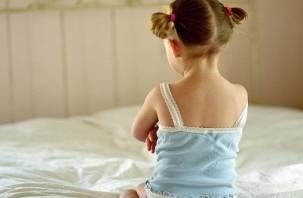 «Дядя месяц домогался до 5-летней племянницы». Мать девочки не может смириться с оправдательным приговором педофилу