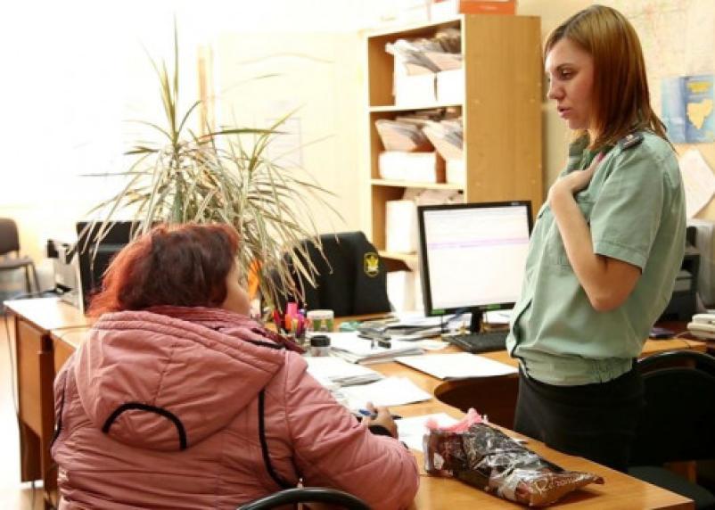Смолянина за долг по алиментам приговорили к обязательным работам