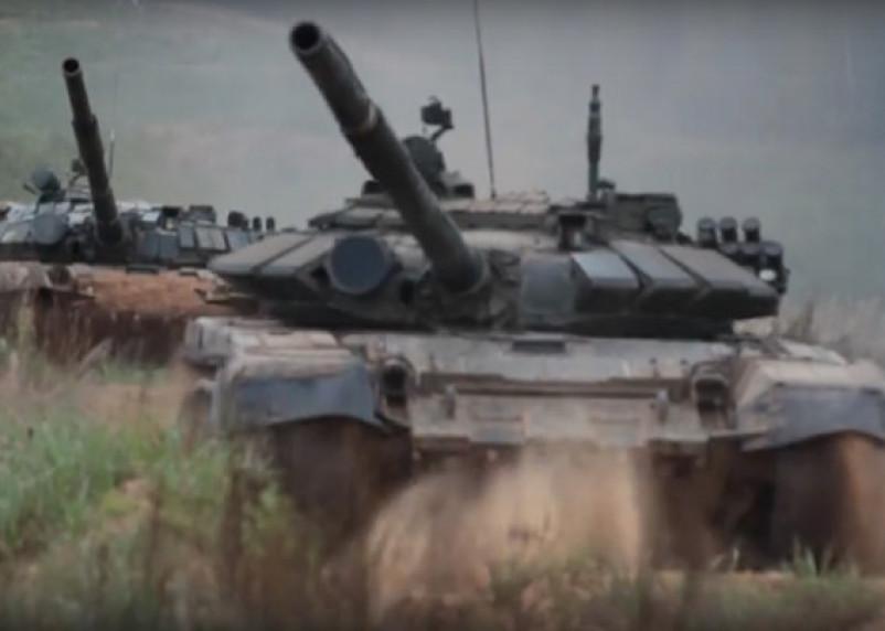 Первый в России женский экипаж танка принял участие в стрельбах на Смоленщине