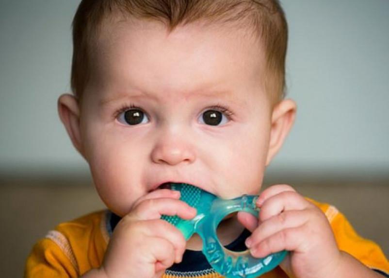 В организме почти всех детей обнаружили токсический уровень пластика