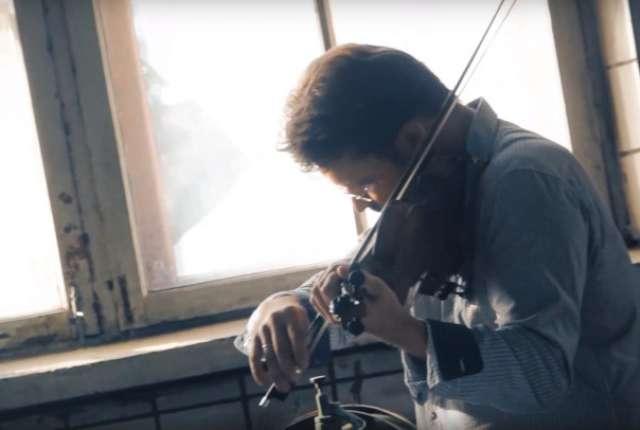 В Смоленске скрипка зазвучит в стенах обувной фабрики